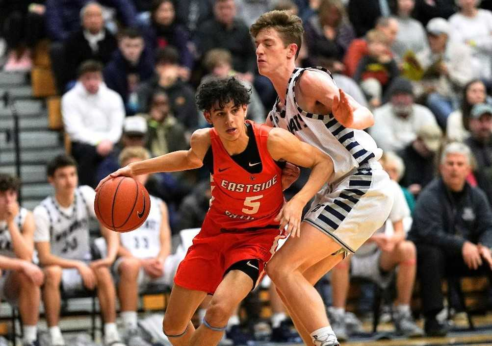 Patton Lanier (5) and Eastside Catholic beat Wilsonville in the first round Thursday. (Photo by Jon Olson)