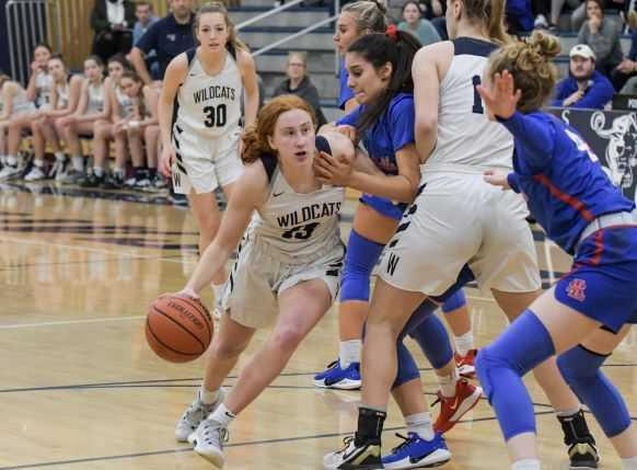 Wilsonville's Sydney Burns scored 18 of her 20 points in the second half Tuesday. (Photo by Greg Artman)