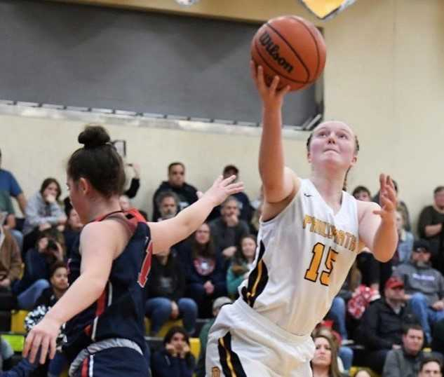 Philomath's Sage Kramer scored 30 points in a half and shot 16 for 16 in a game. (Photo by Logan Hannigan-Downs)
