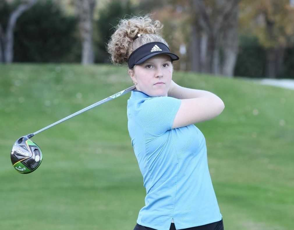 Baylee Hammericksen shot a tournament-record 5-under par to repeat as 4A/3A/2A/1A champion in 2019.