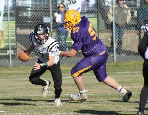 Vale quarterback Colton Kesey threw five touchdown passes in the quarterfinals against Burns.