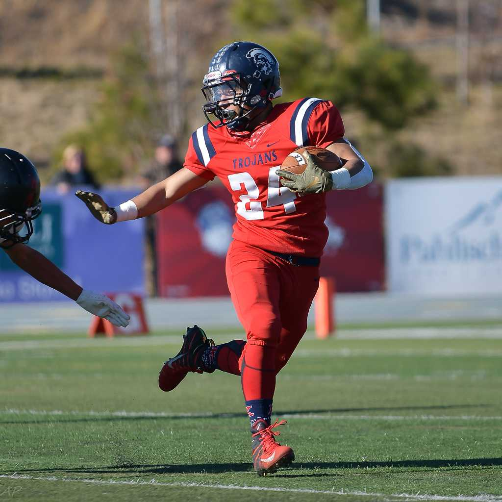 Kennedy sophomore David Reyes returned a kickoff 94 yards for a touchdown Saturday. (Photo by Andre Panse)