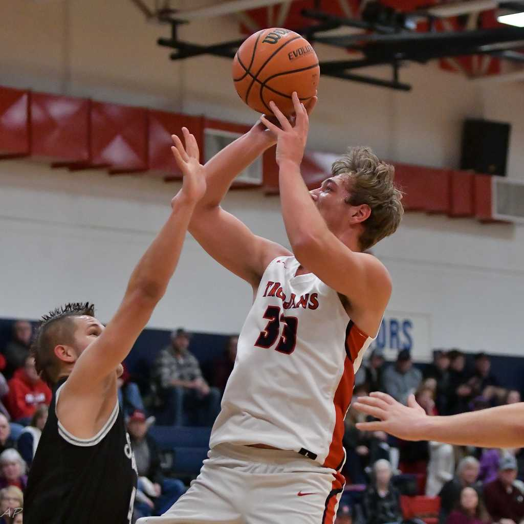 Kennedy's Rocco Carley scored a game-high 21 points Tuesday. (Photo by Andre Panse)