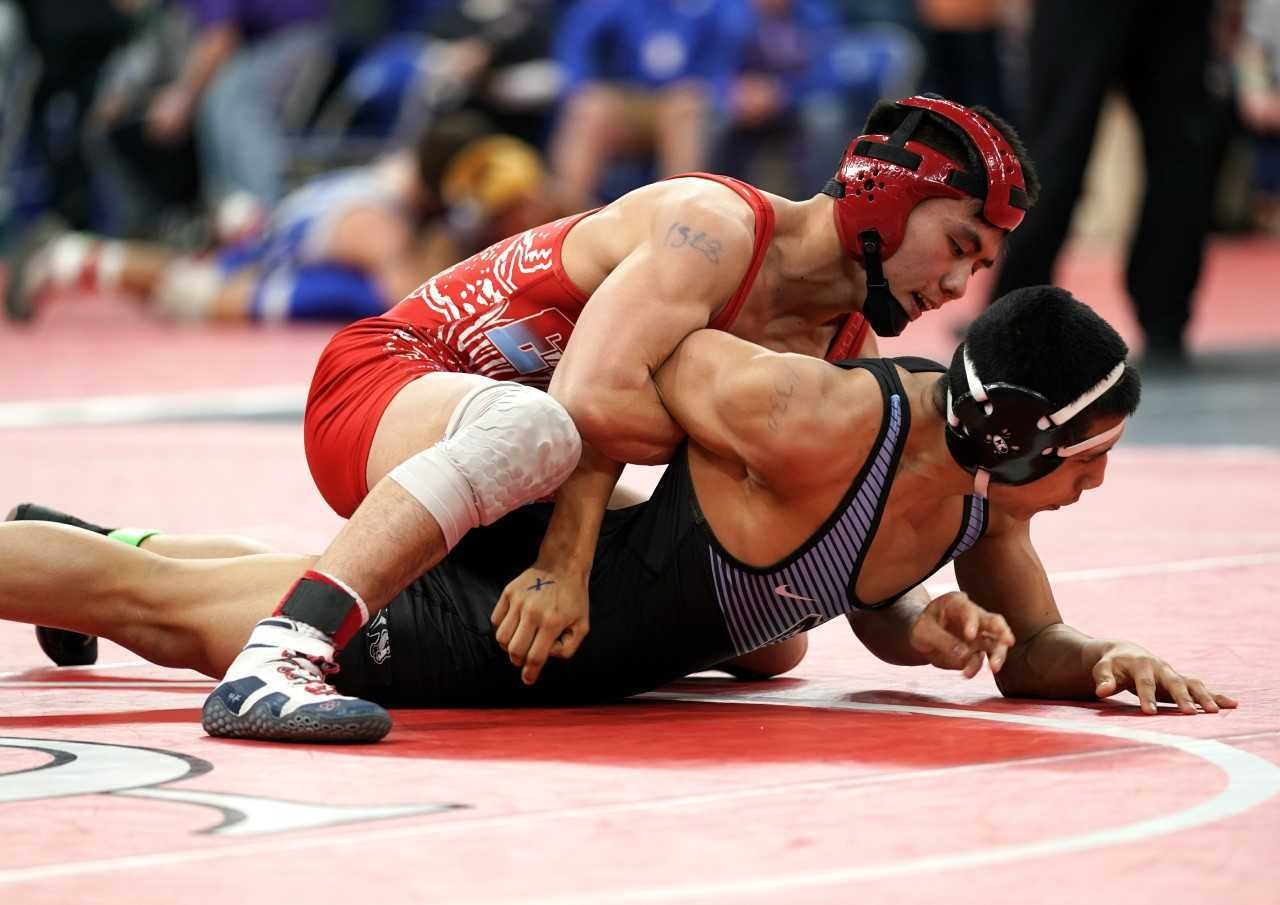 All of 6A's top seeds, including Centennial's Phillip Kue (top), have advanced to the semifinals. (Photo by Jon Olson)