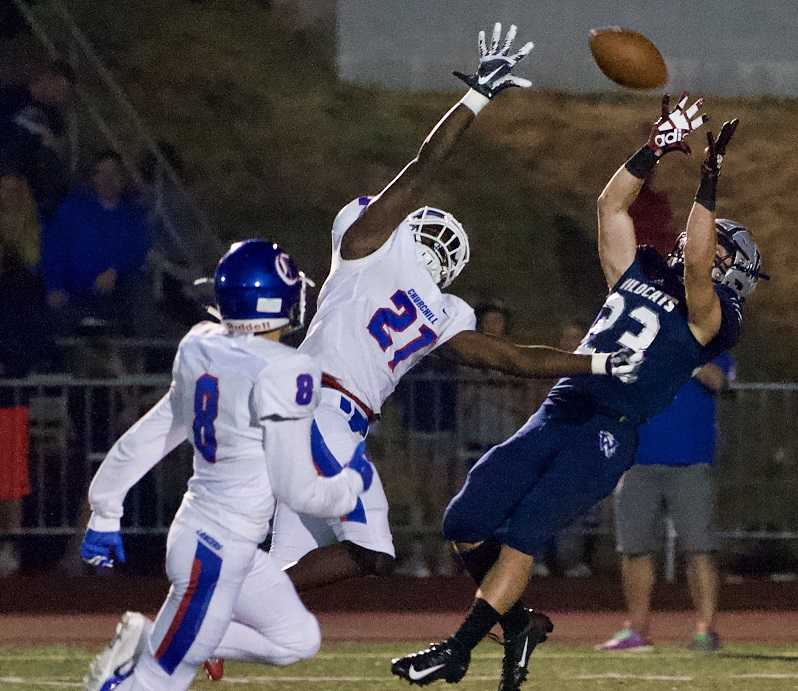Wilsonville's Jonah Gomez had seven catches for 152 yards Friday night. (Photo by Norm Maves Jr.)