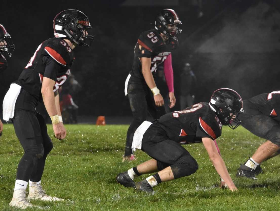 Santiam's defense buckled down to hold off Culver's comeback Friday. (Photo by Jeremy McDonald)