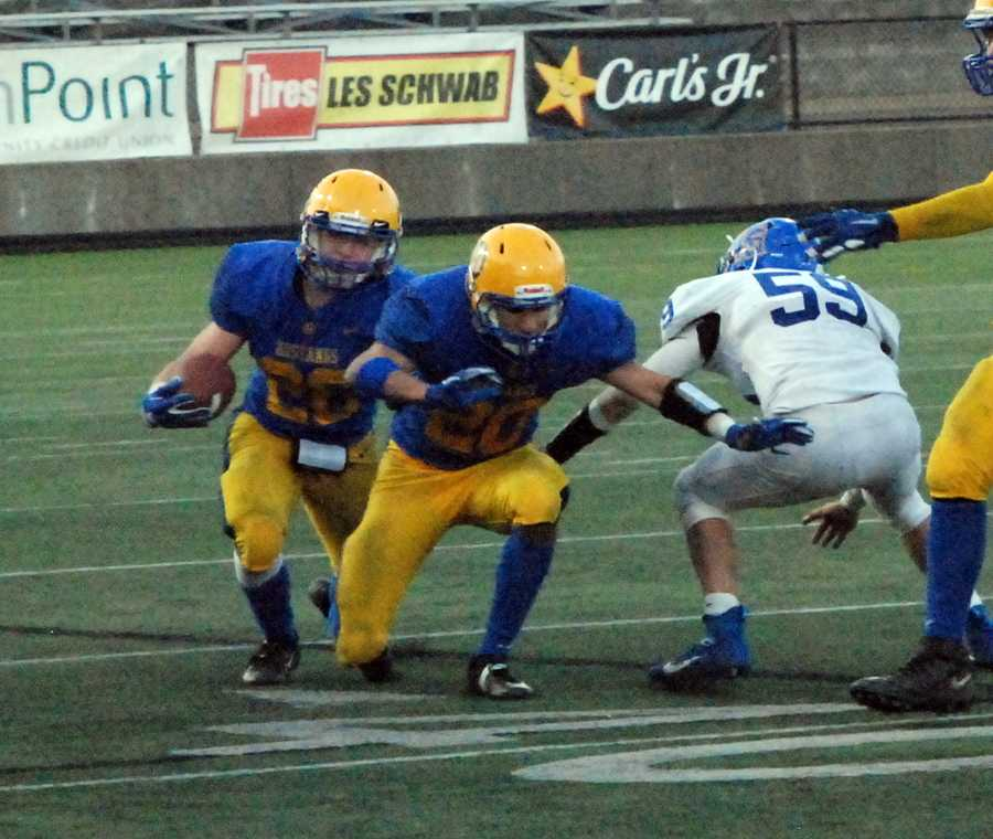 Blake Wolters rushing for 234 yards and five touchdowns in Heppner's dominant win
