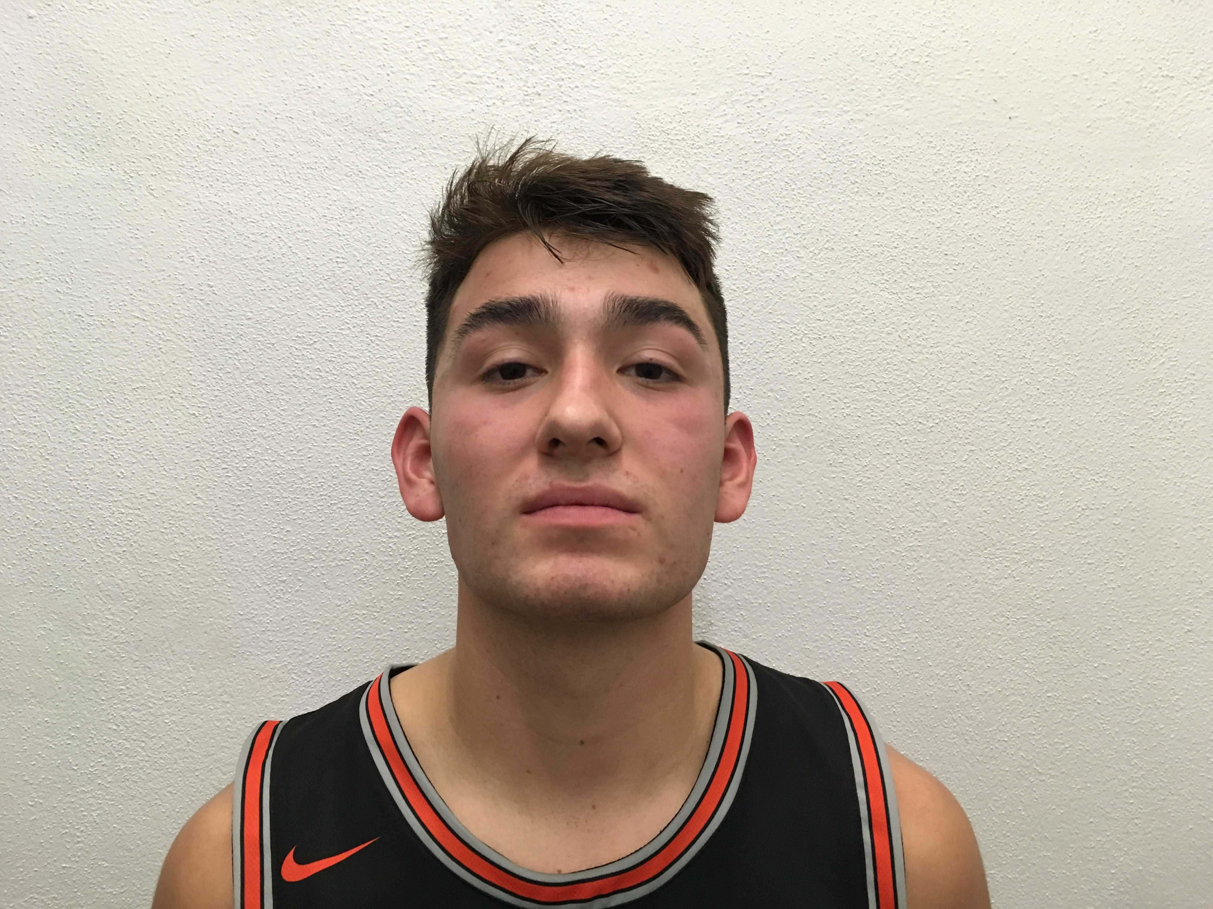 Silverton senior point guard David Gonzales scored 21 of his 34 points in the first half Friday night.