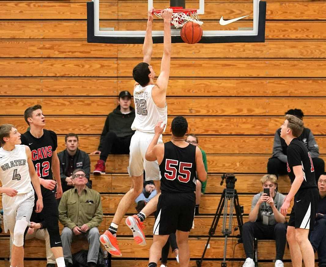 Crater junior Nathan Bittle made 18 of 25 shots Thursday against Clackamas. (Photo by Jon Olson)