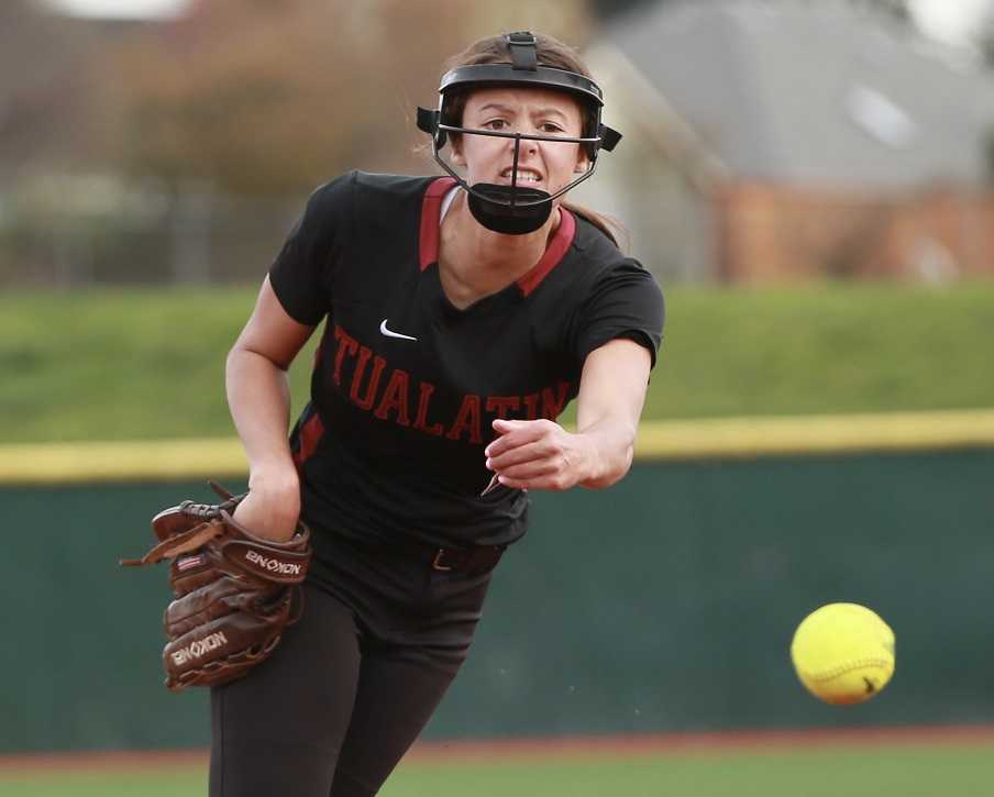 Pitcher Tia Ridings helped lead Tualatin into the 6A championship game last year. (Photo by Mark Johansen)