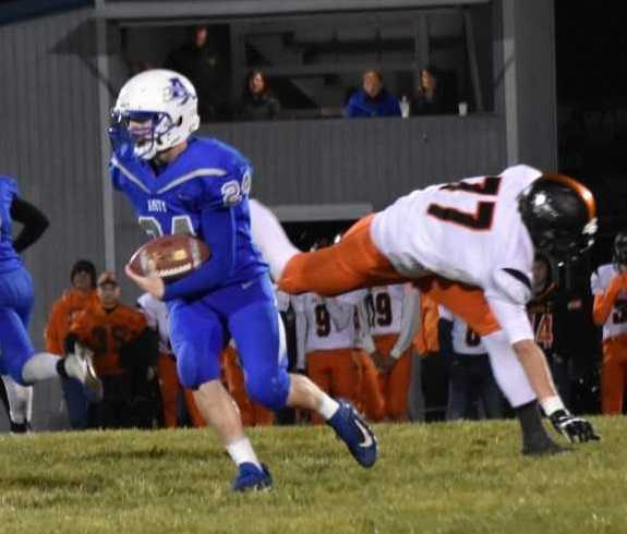 Amity's Brian Hatch rushed for 110 yards on 14 carries Friday. (Photo by Jeremy McDonald)