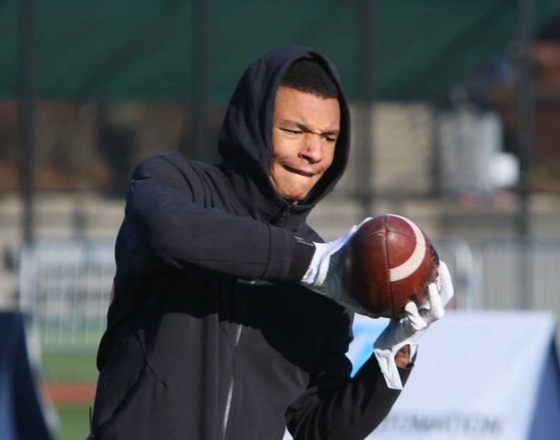 Central Catholic's Jordan King is among the top receivers on the West Coast, according to coach Steve Pyne. (Photo by Jim Nagae)