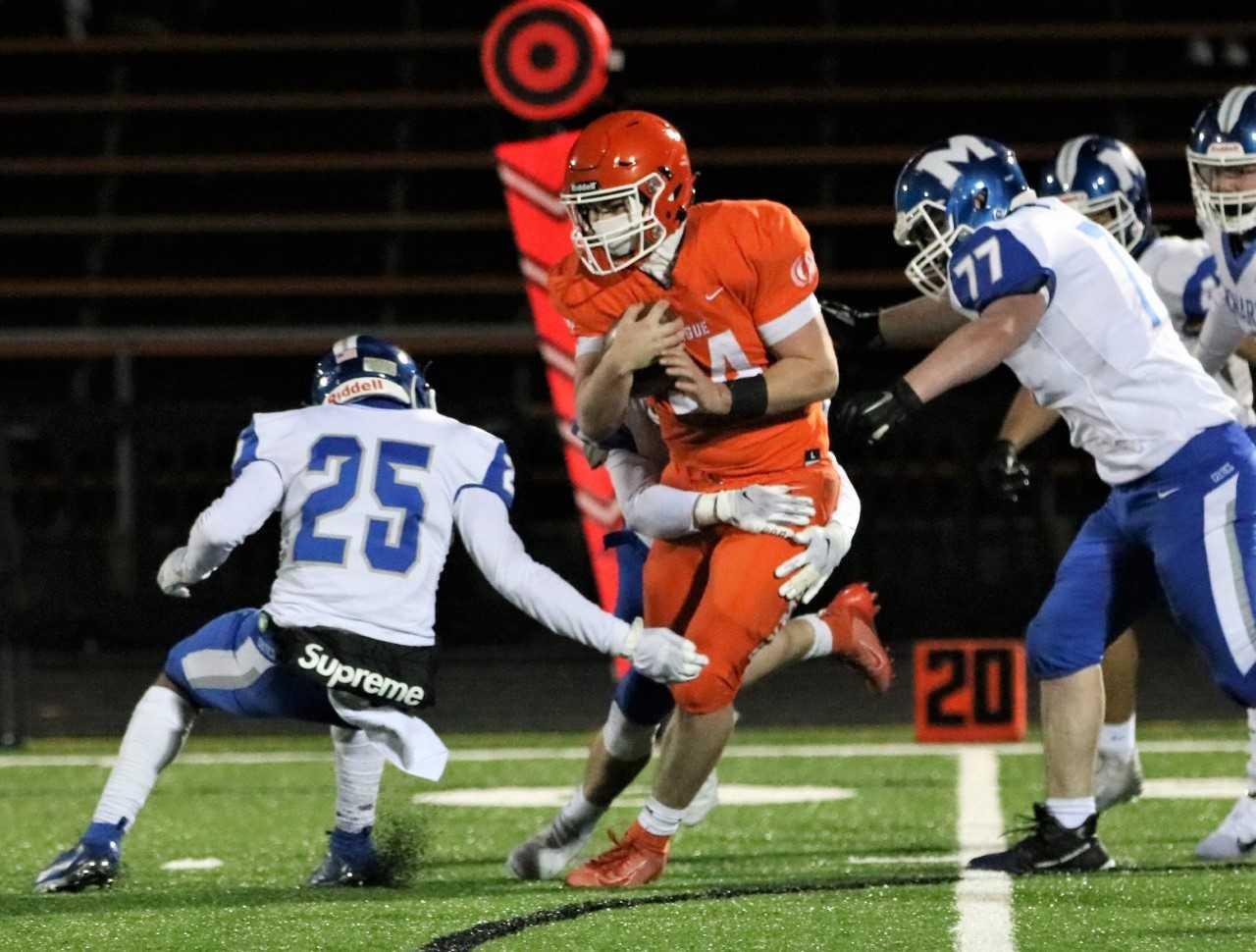 Sprague senior Ethan Bullock ran for three touchdowns in a 28-0 win over McNary on Friday. (Photo by Steve Polanski)