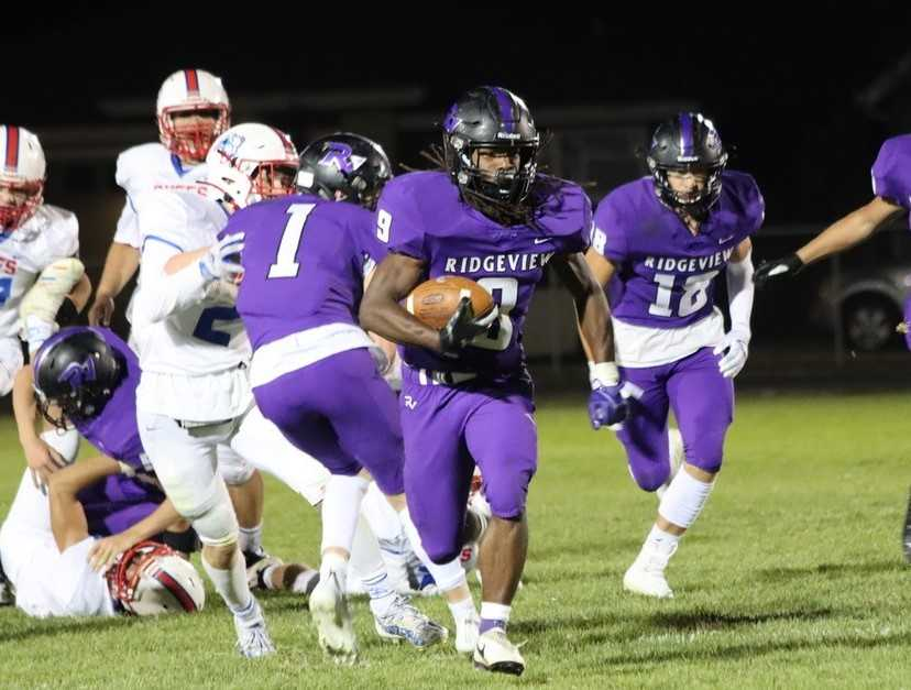 Ridgeview junior Eric Pendergrass has rushed for 986 yards in six games. (Photo by LeAnne Asplund)