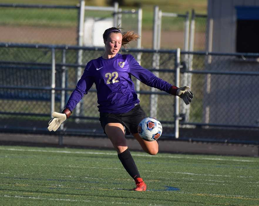 All-state goalkeeper Peyton Dale anchors Crescent Valley's defense. (Photo by Alan Brunelle)