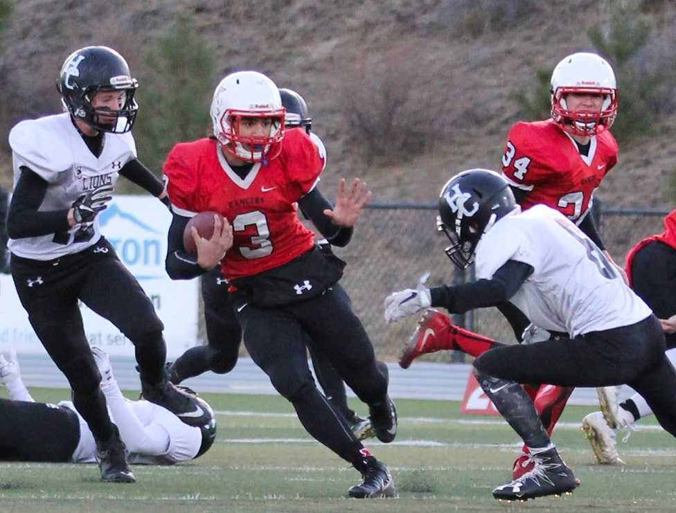 Dufur's Asa Farrell (3) has accounted for 18 touchdowns as a runner and receiver. (Photo by Robert Wallace)