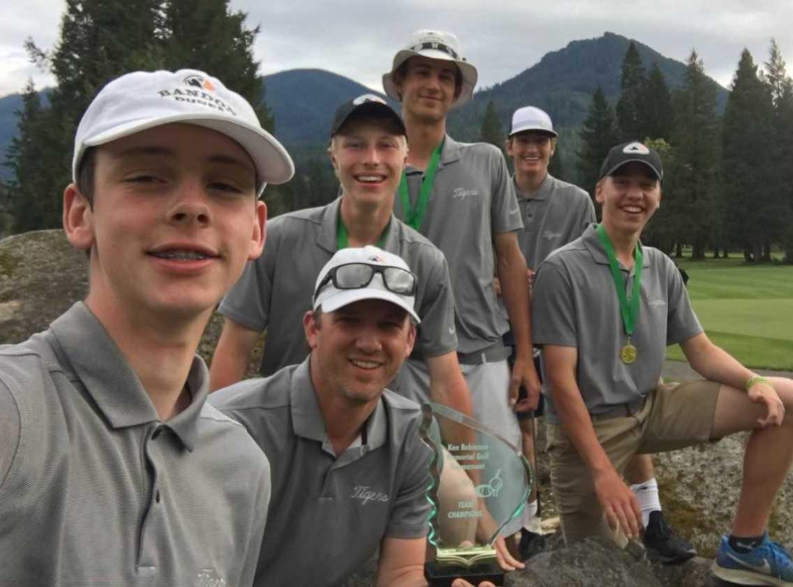 Bandon's golf team (from left): Luke Brown, coach Scott Millhouser, Alexander Schulz, Jackson Kennon, Matt Yarbor, Isaac Cutler.