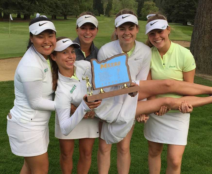 Jesuit's lineup (standing from left): Tabetha Kang, Haley Hummelt, Clara Ganz, Grace Tennant, Mary Scott Wolfe (holding trophy).