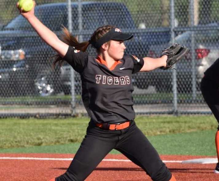 Yamhill-Carlton's Kati Slater had eight strikeouts Tuesday. (Photo by Jeremy McDonald)
