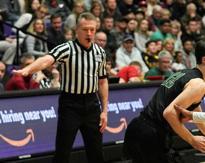 The number of basketball officials increased by 3.74 percent in 2018-19. (Photo by Jon Olson)
